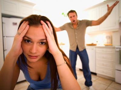 Ссоры  из дома  выносить!